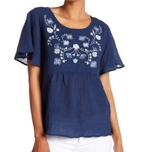 Vince Camuto Floral Embroided Ruffle Sleeve